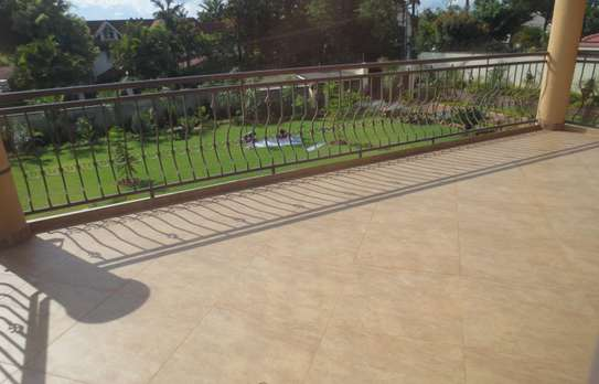 5 bedroom house for rent in Thigiri image 18