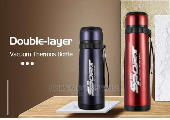 Vacuum Flasks for Travellers image 4