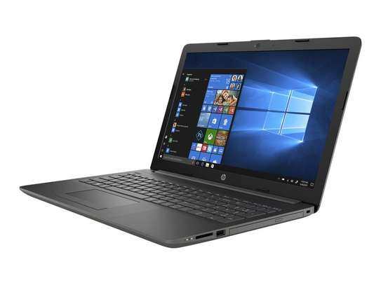 HP 15 AMD A9 8GB/256 SSD image 1