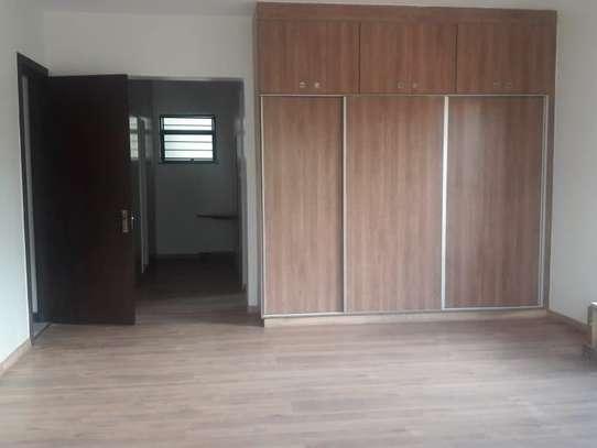 3 bedroom apartment for rent in Parklands image 8
