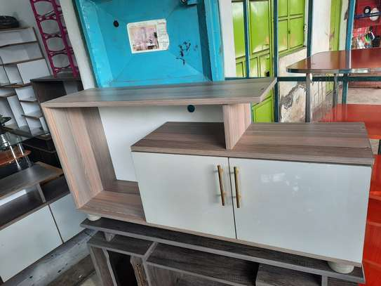 Elgn tv stand image 1