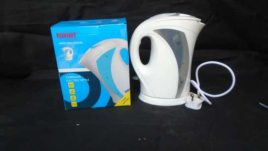 ELECTRIC KETTLE REDBERRY image 1