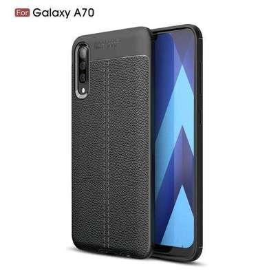 Auto Focus Case For Samsung Galaxy A70 - Black image 1