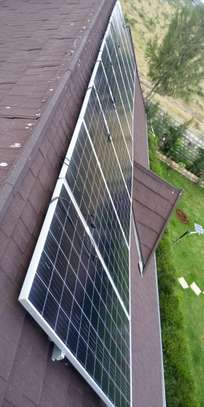 335 watts jinko all weather solar panels
