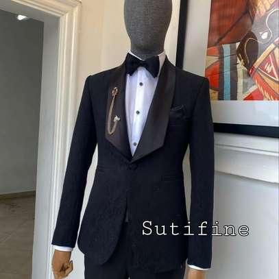 Men's suit image 5