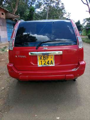 Nissan Extrail image 1