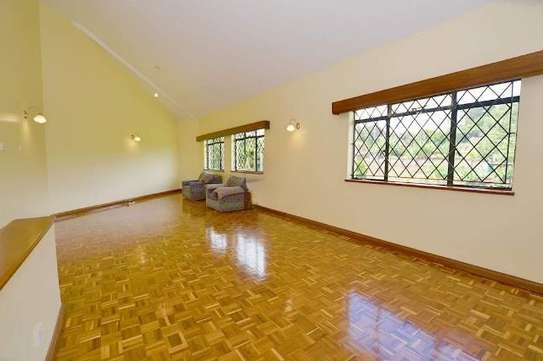 2 bedroom house for rent in Rosslyn image 4