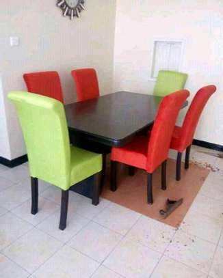 Gorgeous Contemporary 6 Seater Dining Set image 2
