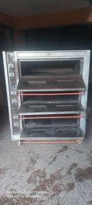 Tripple Deck oven image 4