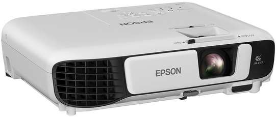 Epson projector s41 image 1