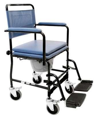 Commode wheelchair/toilet wheelchair image 2