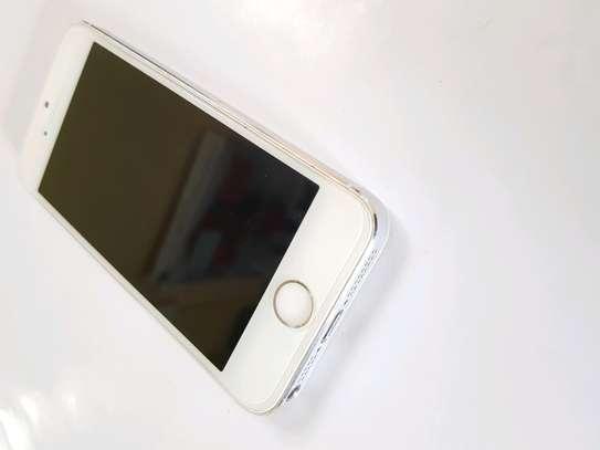 Iphone 5s 16GB image 3