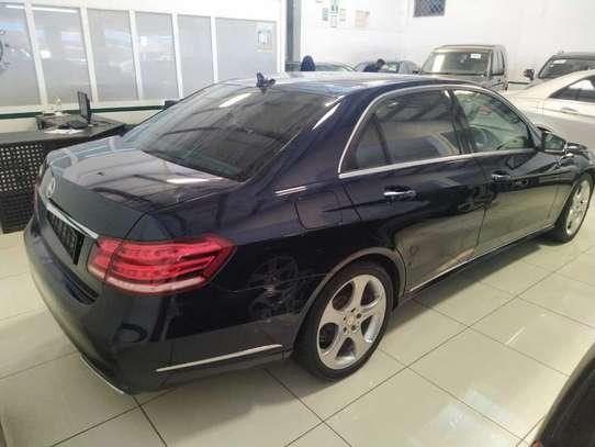 Mercedes-Benz E250 image 12