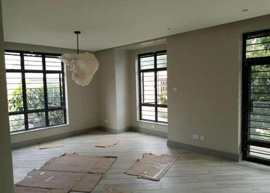 5 bedroom townhouse for rent in Kitisuru image 8