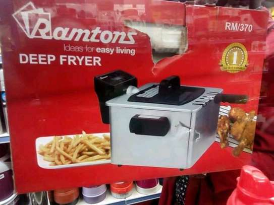 Deep fryer/ramtons deep fryer