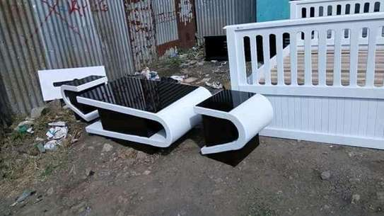 Stylish Modern Quality Coffee Table + Pair of Stools image 1
