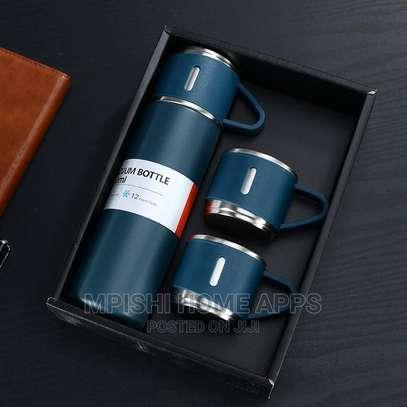Vacuum Flask Gift Set image 3