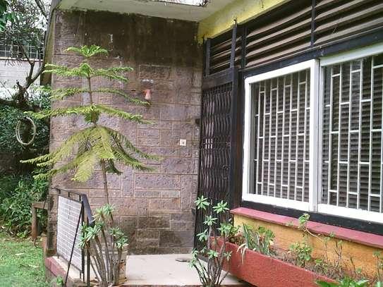 Lovely & Unique Spacious 2 Bedrooms Flat In Westlands Rhapta Road image 8