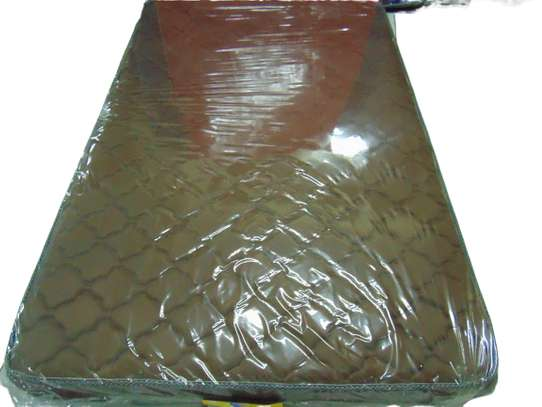 4*6*8 EXTRA HIGH DENSITY QUILTED MATTRESSES image 3