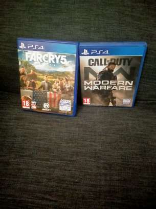 clean Ps4 Call of Duty ( Modern Warfare)  and Far cry 5 image 1