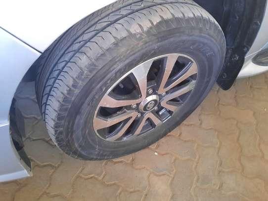 Toyota Land Cruiser Sahara image 9