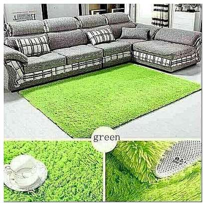 PREMIUM 5*8 FLUFFY CARPET image 6