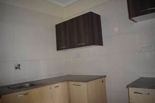 2 bedroom apartment for rent in Mombasa Road image 6