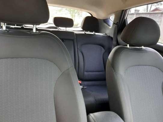 Hyundai Tucson image 2