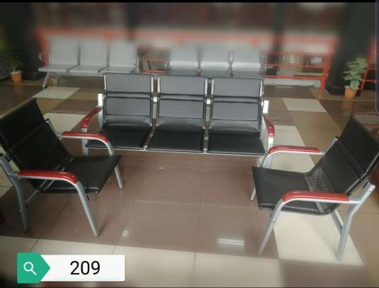 5 seater Waiting Chairs image 1
