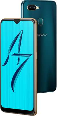 OPPO A7 image 1