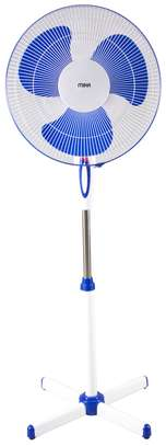 """Stand Fan 16"""", Blue & White image 1"""