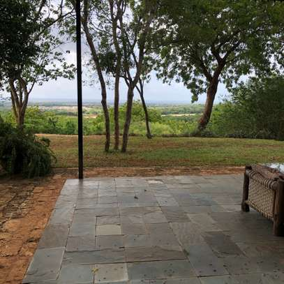 3br villa with two SQ rooms for rent in Vipingo Ridge. Hr18 image 6