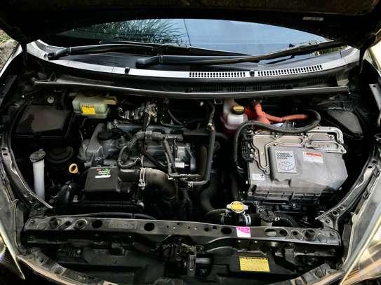 Toyota Aqua 2012 S-Grade Hybrid image 8
