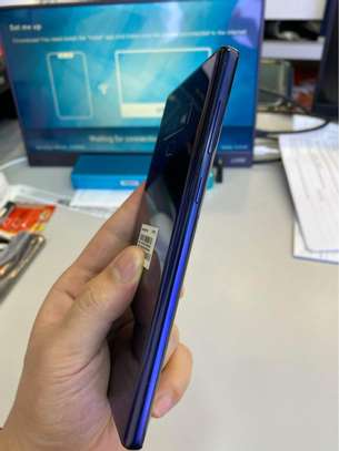 Samsung Note 9 image 4
