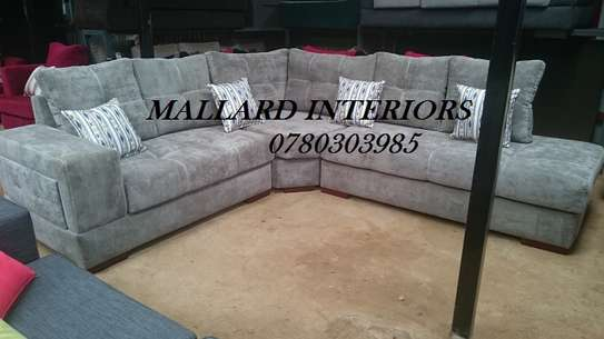L Shape 6 Seater with Buttons