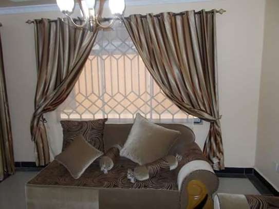 Window Curtains image 10