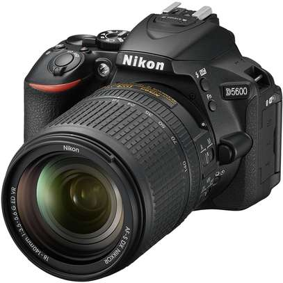 Nikon D5600 DSLR Camera With 18-140mm Lens image 1