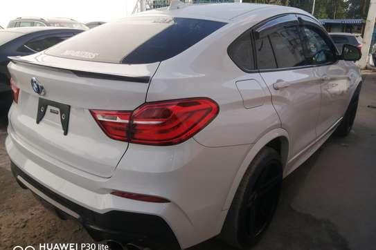 BMW X4 G02 image 2