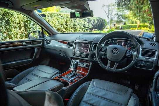 Volkswagen Touareg image 8
