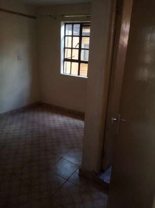 Buruburu very spacious 3 bedroom house to let image 2