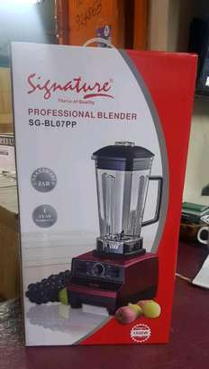 Signature commercial blender image 1