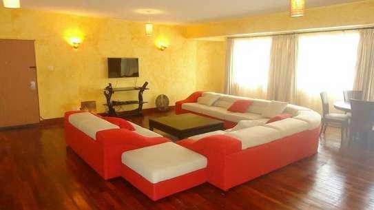 Furnished 3 bedroom apartment for rent in Westlands Area image 4