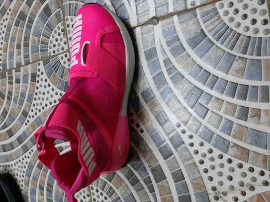 women's sneakers image 2