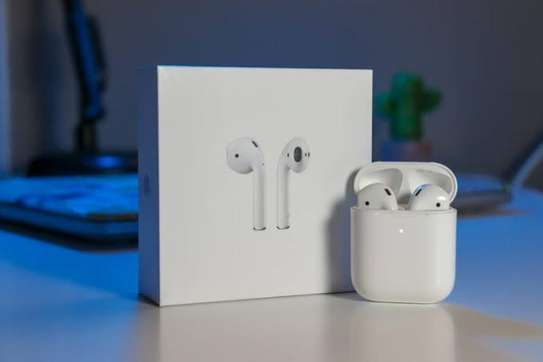 Apple Airpods 2 (2019) With Wireless Charging Case image 1
