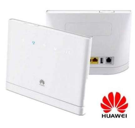 Huawei Simcard 4G Router image 1