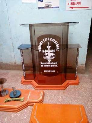 Glass pulpit image 1