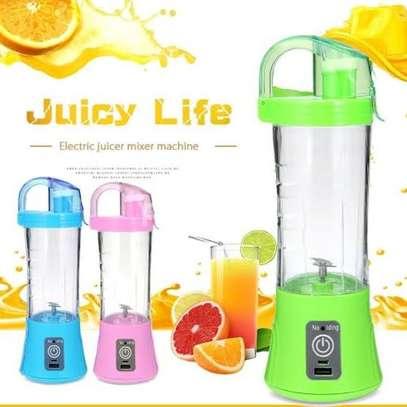 Portable Blender Juicer Cup / Electric Fruit Mixer / USB Juice Blender image 1