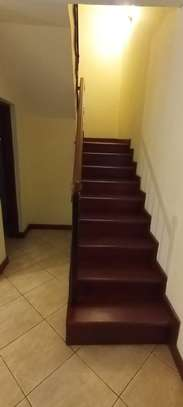 5 bedroom townhouse for rent in Brookside image 10