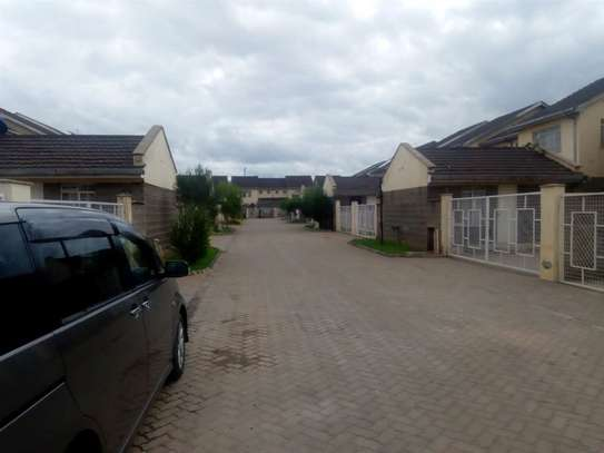 4 bedroom house for rent in Syokimau image 1