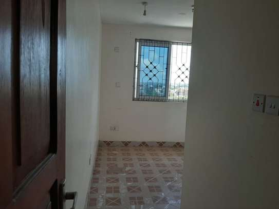 4 bedroom townhouse for rent in Nyali Area image 4